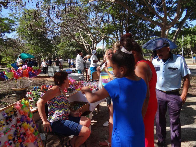 Feria productos artesanales 14 de febrero