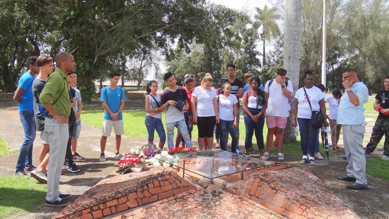 This site marks the site of the fall of General Maceo