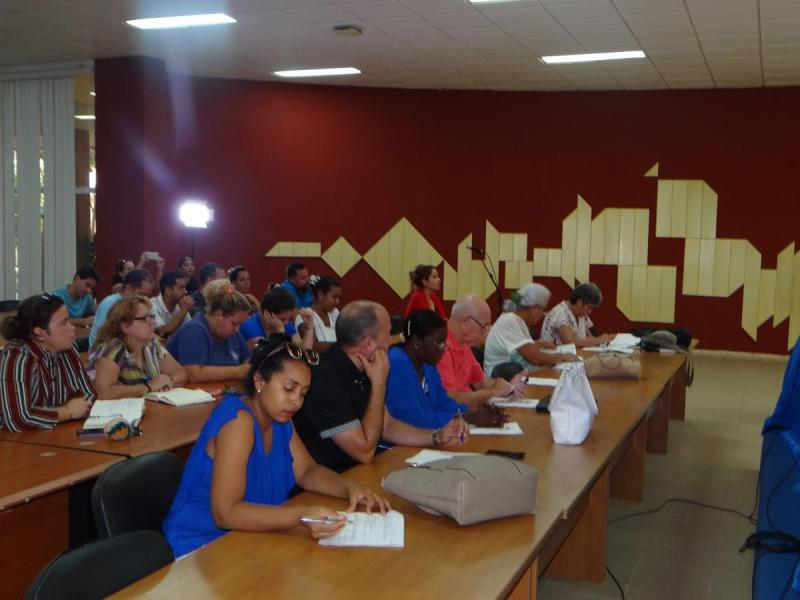 Al foro asistieron representantes de la UIC, la Upec, la Anec, del Grupo de Investigación de Informática Jurídica en la UCI, y de la empresa Xetid.