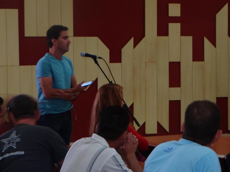 Los delegados expresaron sus criterios para mejorar la gobernanza de Internet en Cuba.