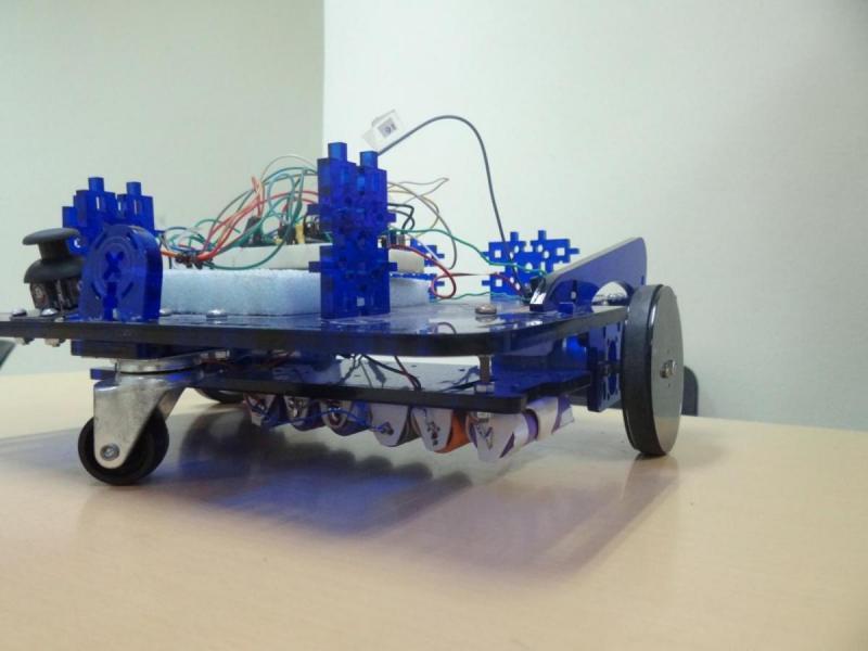 Plataforma robótica prototipo de silla de rueda.