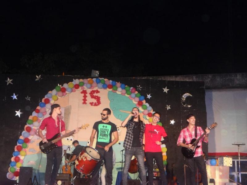 El grupo musical Rust interpretó el tema Tango feroz.