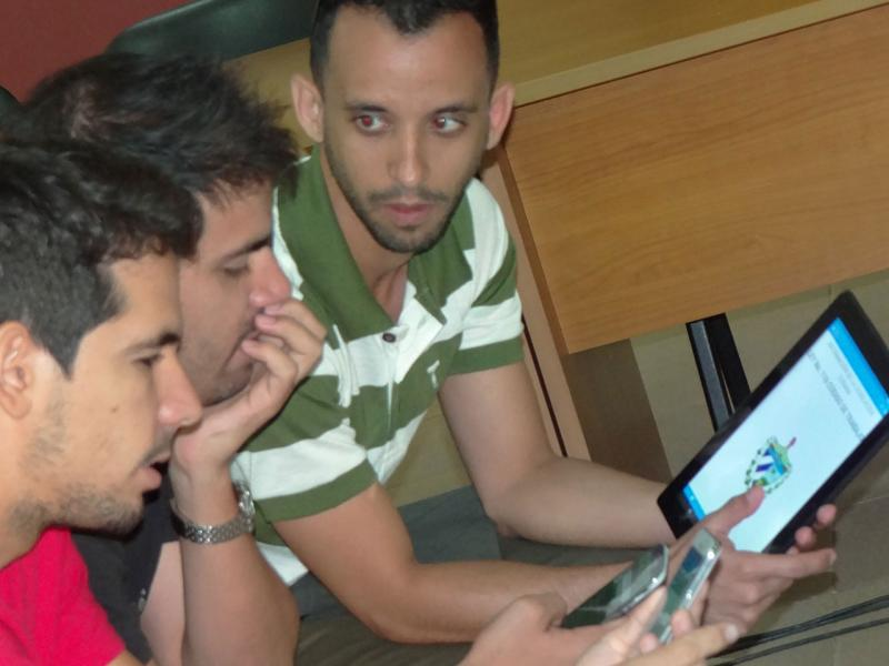 Asistentes durante la presentación de Ilex, presentado por Félix Marrero de 5to. año, Facultad 3