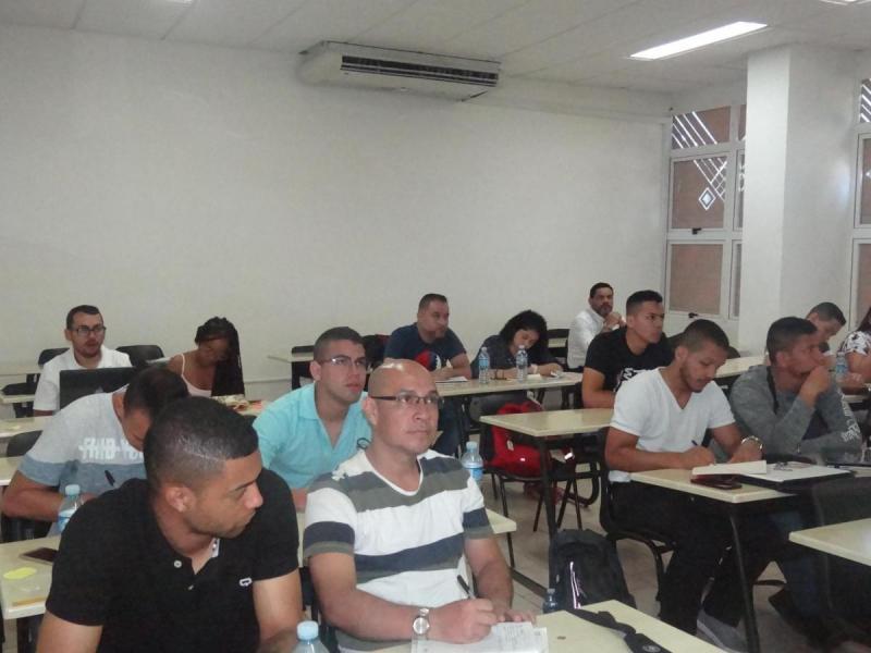 Los estudiantes de la carrera de Ingeniería de Sistemas de la UNICATÓLICA comentaron su satisfacción con la calidad del curso.