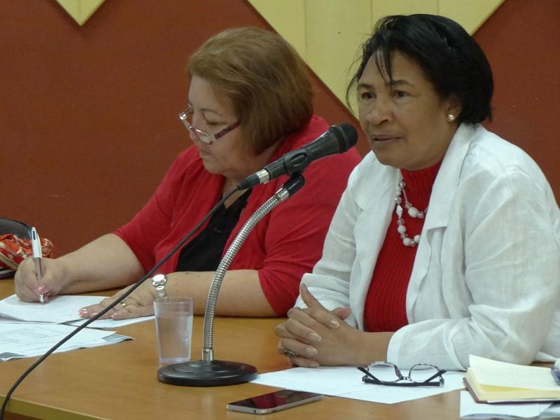 Al finalizar el evento, la Rectora elogió el deseo de los participantes en este Taller de mejorar la Educación Superior Cubana.