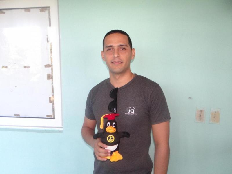 El ingeniero Hanoi Fragata Rodríguez, del Centro de Soporte Tecnológico, obtuvo el Primer Lugar, con una calificación de 100 puntos, en la certificación del Linux Professional Institute.