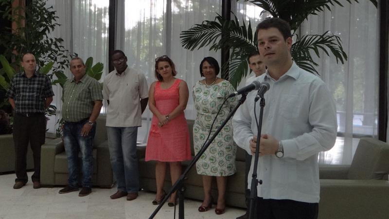 En una ceremonia sencilla y emotiva también se recordó al líder de la Revolución cubana.