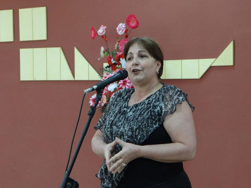 La Dra.C. Natalia Martínez, vicerrectora de Formación, presentó un integral y enxahustivo análisis.