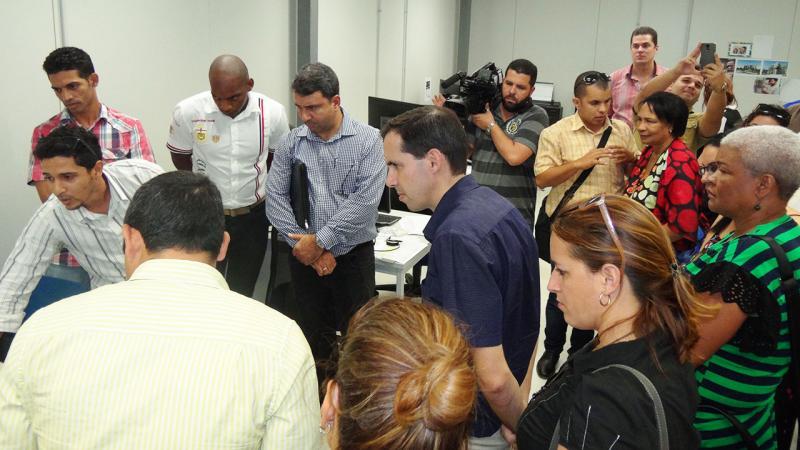 Intercambió con especialistas del Centro de Informática Industrial que se encuentran trabajando de conjunto con la empresa BDCTEC.