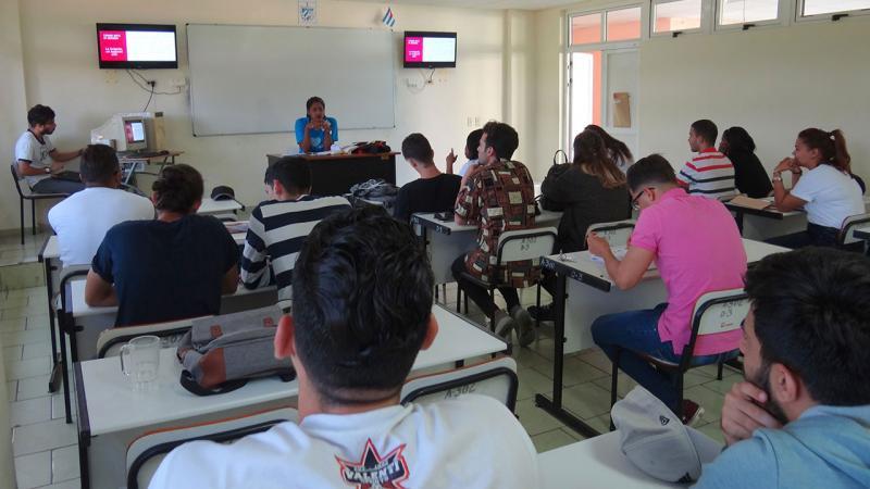 Brigadas Facultad 1 en 9no. Congreso.