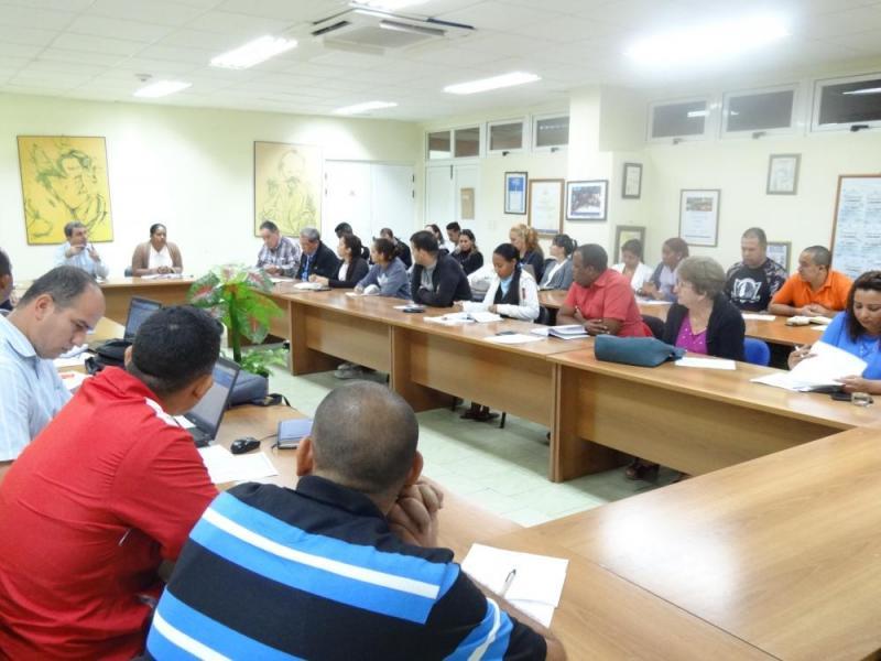Los profesores principales de año emitieron su valoraciones sobre los principales tópicos expuestos en la reunión.