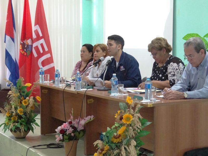 Presidencia de la segunda jornada del Consejo Nacional FEU
