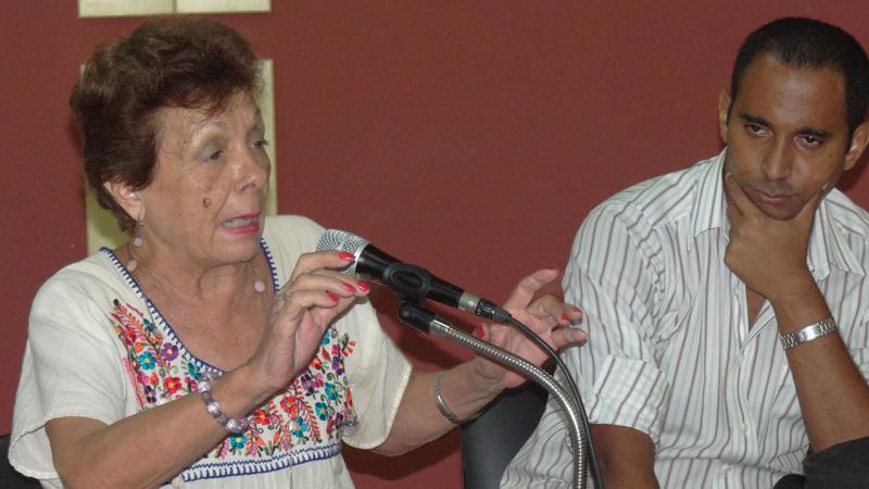 Francisca López Civeira y Fabio E. Fernández Batista presentan libro sobre Fidel en la UCI.