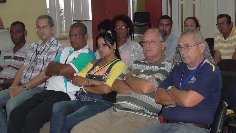 """Auditorio durante la presentación del libro """"Fidel en la tradición estudiantil universitaria""""."""