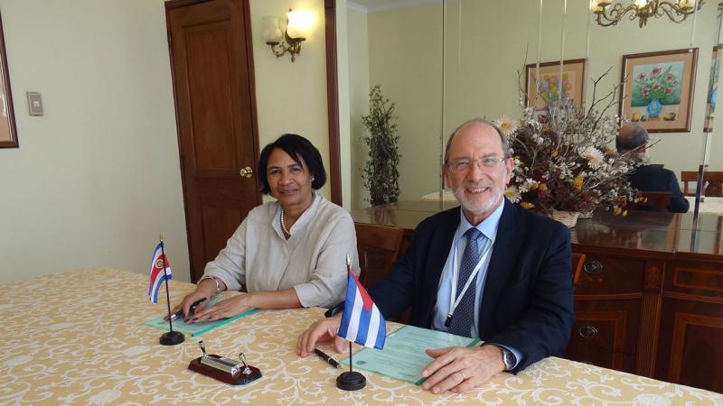 El Dr.C. Henning Jensen Pennington, rector de la Universidad de Costa Rica es presidente de la Unión de Universidades de América Latina (DUAL) y muy reconocido en el ámbito de la Psicología.