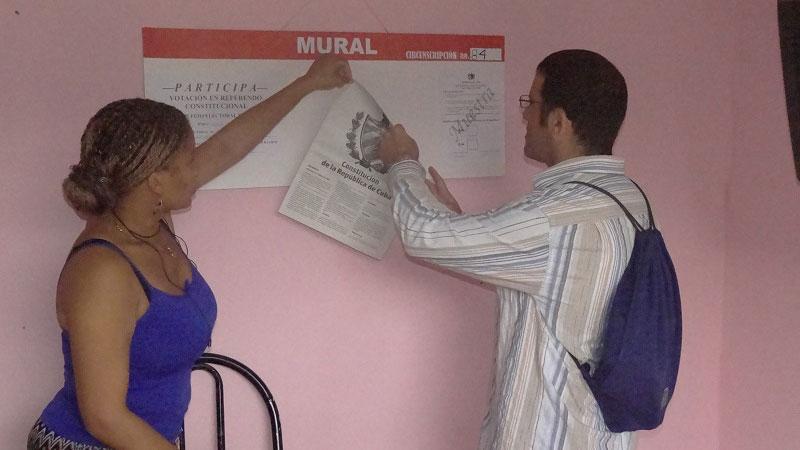 Declaración de los colegios electorales de la UCI listos para el referendo constitucional.