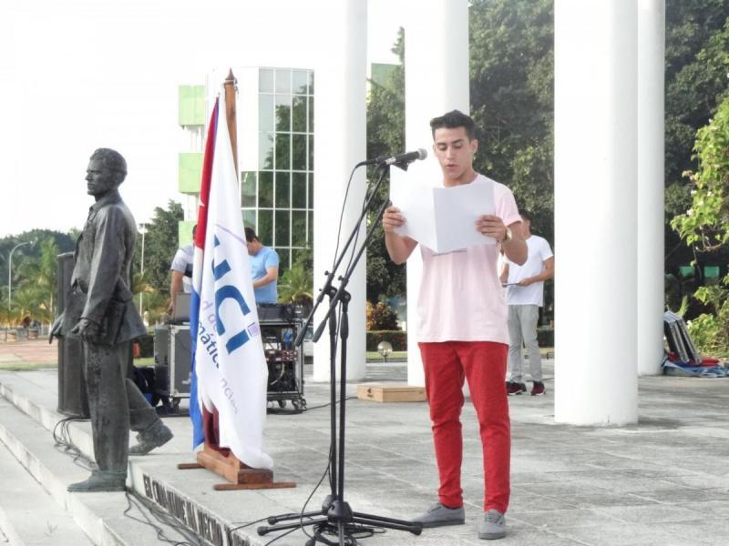 El Presidente de la FEU expresó que los estudiantes universitarios tienen el compromiso de pensar como país.