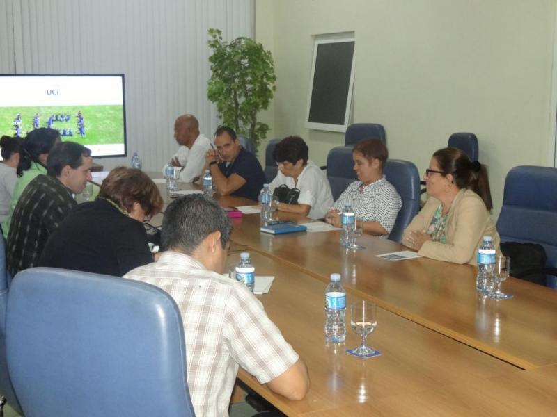 Los expertos de la Jan fueron recibidos en el Salón de la Maqueta del docente José Martí por directivos de la institución encabezados por el Dr.C. Raydel Montesino Perurena, vicerrector primero de la UCI