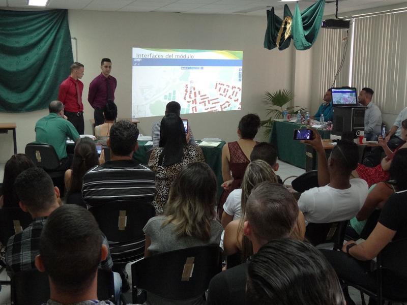 Reinier Suárez and Rodolfo Moreno's undergraduate dissertation