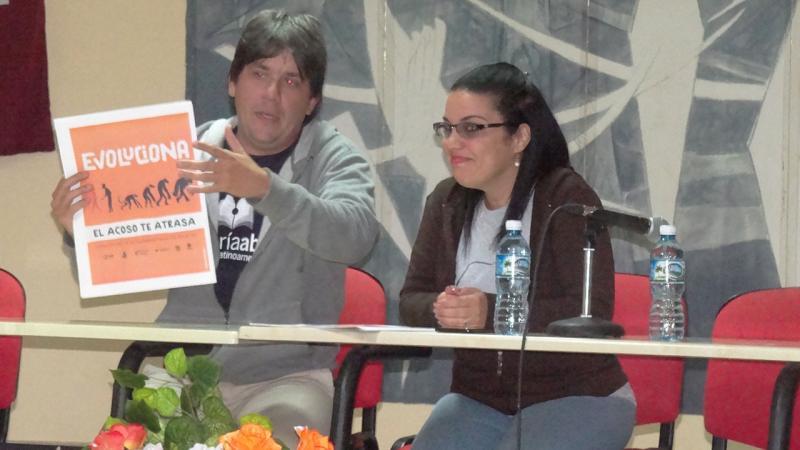 La presentación del último número de la revista Alma Mater amenizó el encuentro.