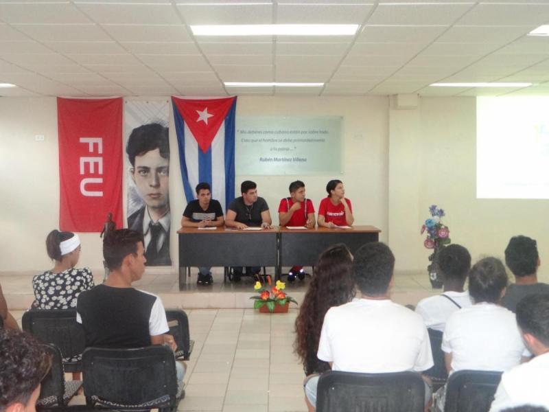 Momentos de la apertura del Fórum de Historia en la Facultad 2.