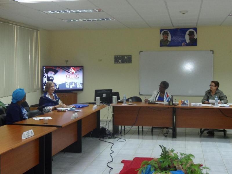 En el Salón Latinoamericano del docente Camilo Cienfuegos se realizó el Taller Ciencias de la Educación y Pedagógica.