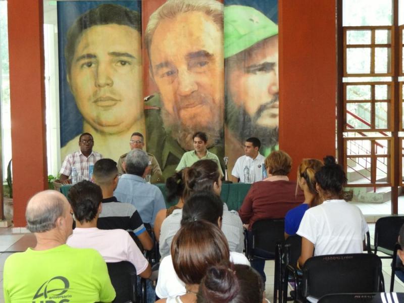 """Presentación en la UCI del libro """"La Habana, capital épica de la Revolución Cubana""""."""