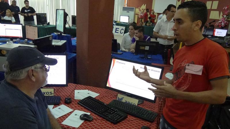 Feria de productos y servicios de la UCI en II Jornada Científica del Ingeniero en Ciencias Informáticas (JICI).