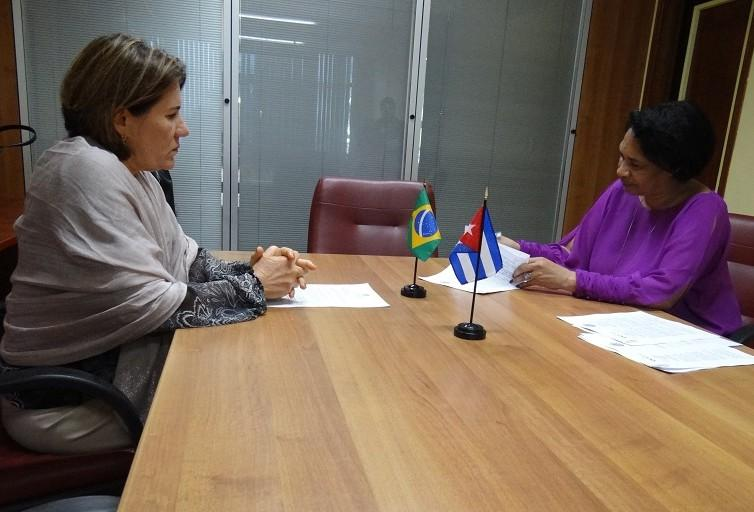 Firma de convenio de la UCI con la Universidad Federal de Rio Grande do Norte (UFRN) de Brasil.
