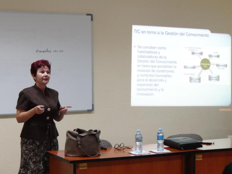Doctora Ileana Alfonso Sánchez, directora de Infomed.
