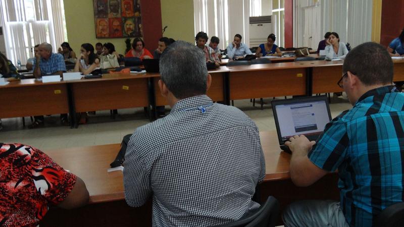 Red Cuba 2017: Curso sobre Diseño de la comunicación en redes sociales para la sociedad cubana.
