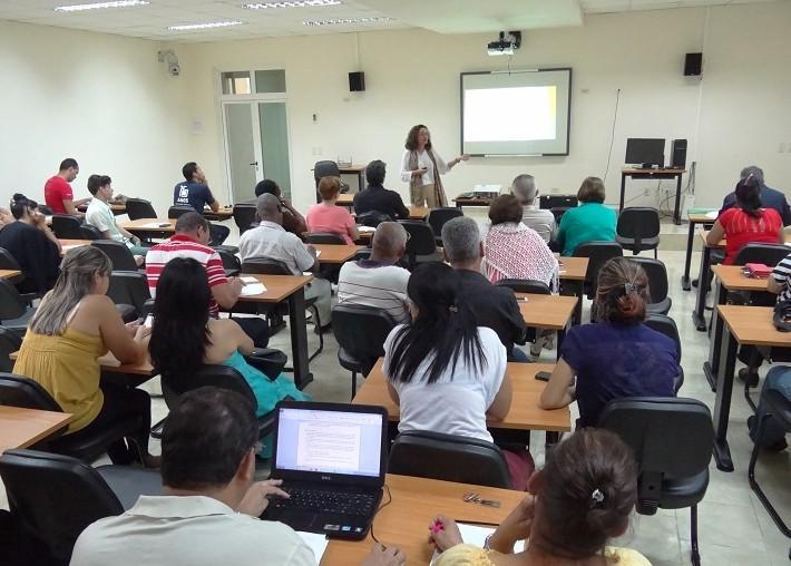 """Conferencia """"Evaluación institucional y la cultura de la calidad en la universidad"""""""