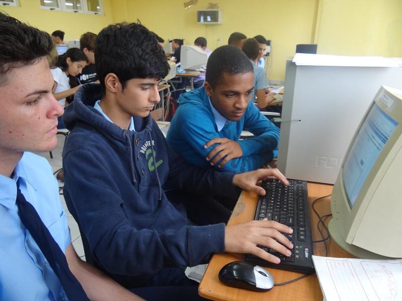 Estudiantes de preuniversitarios, presentes en la Final Nacional del ACM-ICPC.