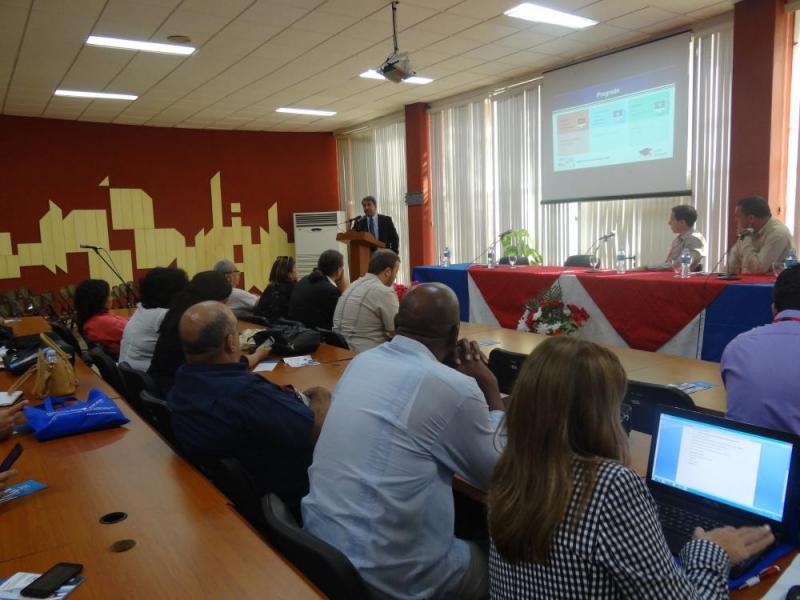 La presentación titulada Experiencias y resultados de la UCI en la relación con la Empresa y el Gobierno sintetizó el trabajo desplegado por los profesionales de la institución académica en varios centros de impacto a nivel nacional.