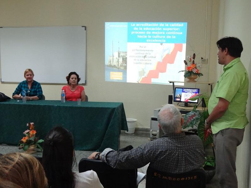 Los miembros del Comité Académico de la UCI realizaron interrogantes a las profesoras miembros de la JAN.
