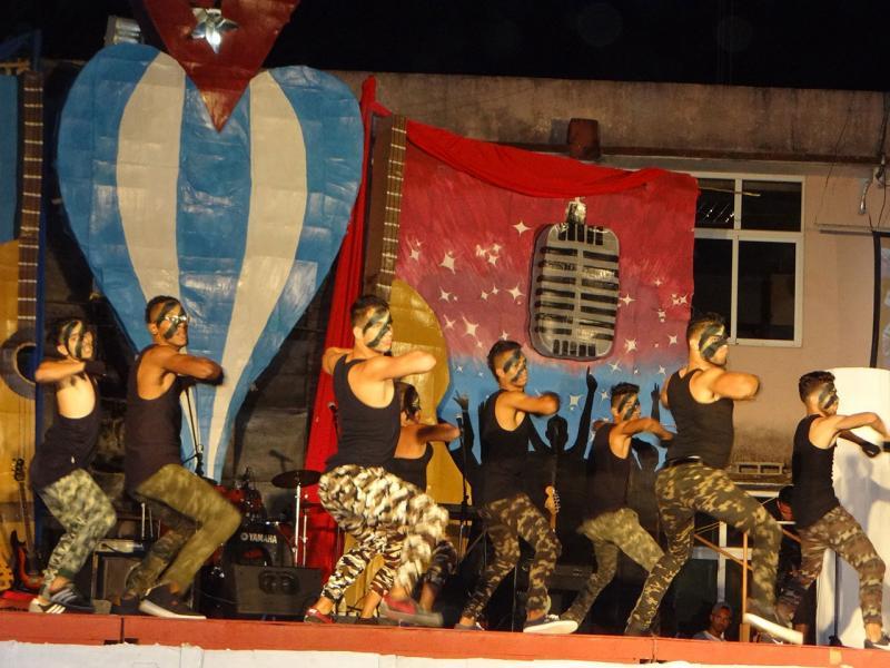 Festival de Artistas Aficionados de la Facultad 1.