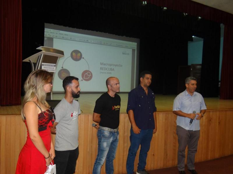 Presentación de las aplicaciones de la UCI y Etecsa a directivos y trabajadores del Ministerio de Comunicaciones