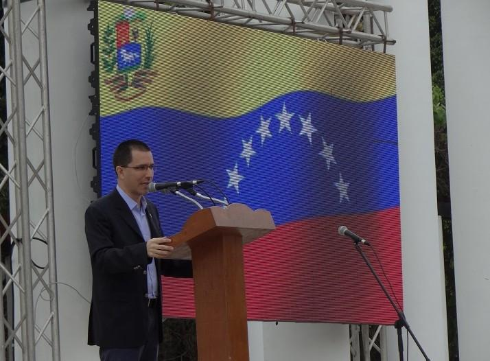 Jorge Arreaza Montserrat, Minister of Popular Power for Foreign Affairs of the Bolivarian Republic of Venezuela, thanked the Cuban people for their solidarity and commitment to their country.