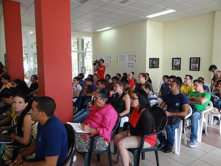 UJC nacional lanza en la UCI campaña por aniversario de la organización