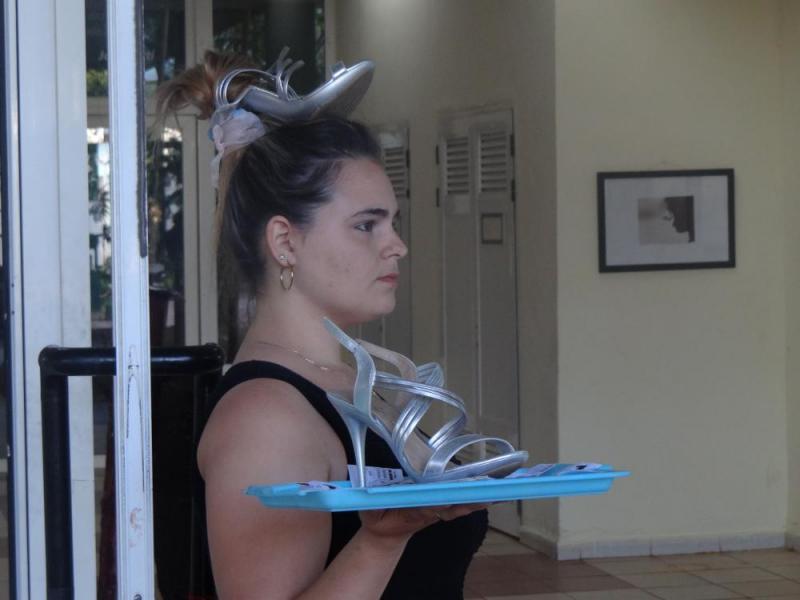"""Performance de la exposición """"El intolerable peso de un zapato"""""""
