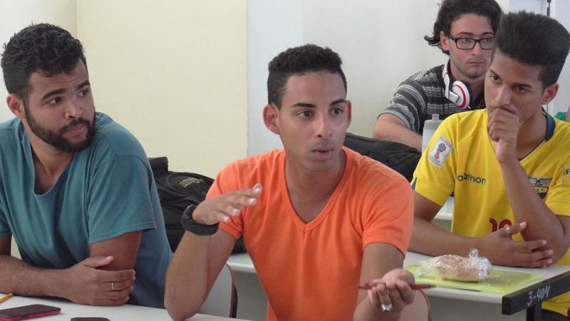 Los debates caracterizaron el trabajo en comisiones de esta jornada.