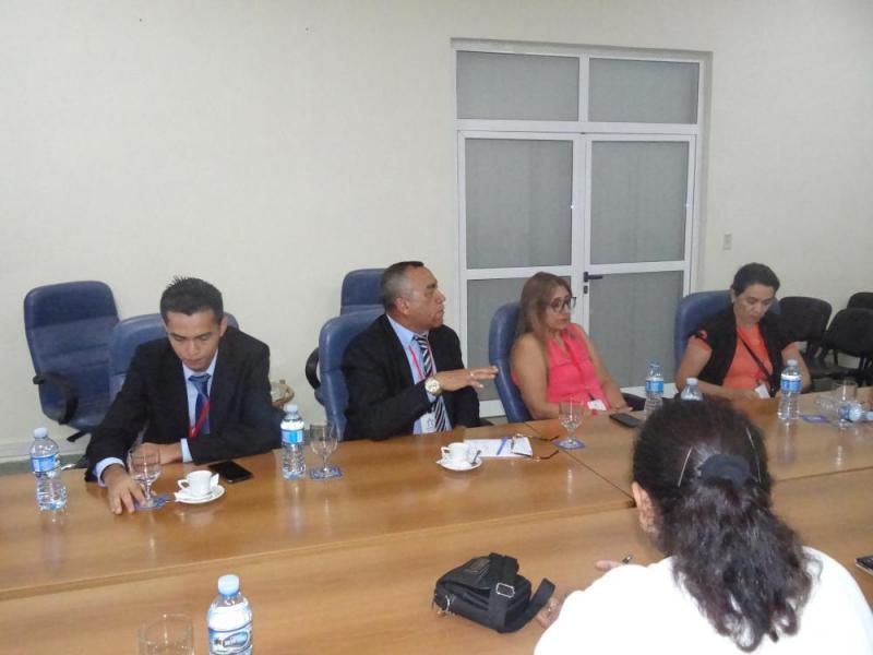Los participantes del encuentro se interesaron en la formación de posgrado en la UCI.