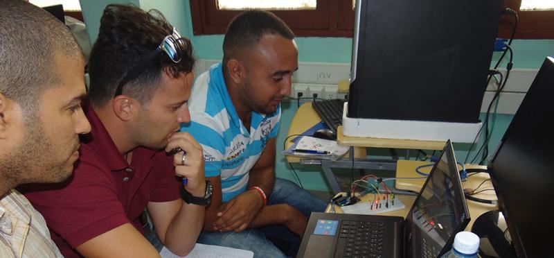 Centro de Informática Industrial capacita a sus especialistas y estudiantes