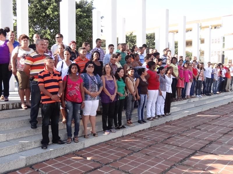 Los diputados más jóvenes de la Isla en la Plaza Mella de la UCI.