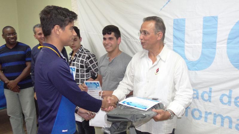 Victor Pozo, obtuvo 6.5 puntos que le valieron para ganar en el grupo Premier del Torneo.