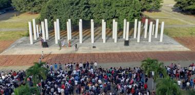 El homenaje a Mella y el desagravio a Martí, devino en acto de reafirmación revolucionaria en la comunidad de la UCI.