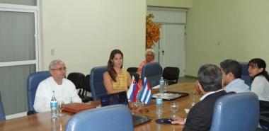 Con el propósito de buscar futuros proyectos de colaboración mutua, visitó la UCI el Excelentísimo Señor Roman Hostak, embajador Extraordinario y Plenipotenciario de la Embajada de la República de Eslovaquia en Cuba.