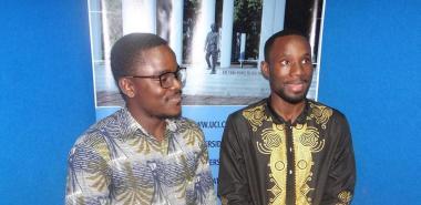 Los estudiantes angolanos de quinto año de Ingeniería en Ciencias Informáticas, Armando Lourenço y José Eduardo, opinan que es necesario defender la independencia de Angola, conquistada hace 44 años.