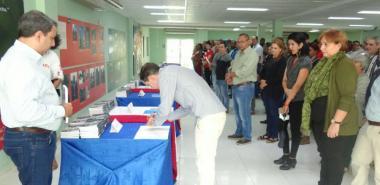 Al firmar el Código de Ética, los cuadros de la UCI ratifican su compromiso con la institución y con la Revolución.