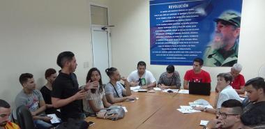 Debate en la Comisión de Organización e Ideología inicia Asamblea de balance de la FEU en la FICI.